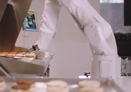 robot cocinero Fliipy de Miso Robotics cocina hamburguesas en restaurantes de Estados Unidos