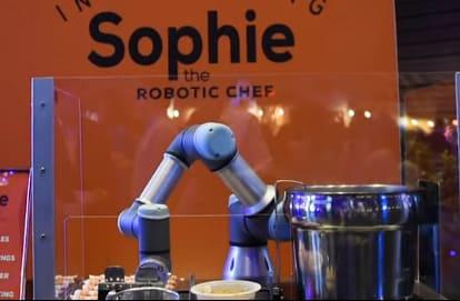 El robot cocinero Sophie cocina 80 platos en 1 hora