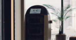 El robot camarero y mayordomo que es capaz de llevar hasta tres pedidos distintos