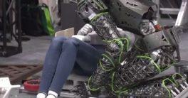 Donde no puede llegar humano, llega Kaleido el nuevo robot humanoide de Kawasaki